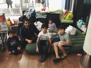 отец беженцев